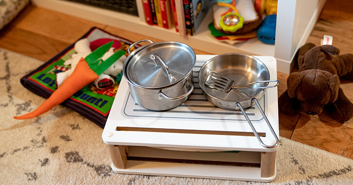 An Easy Diy Play Kitchen For Your Little Chef